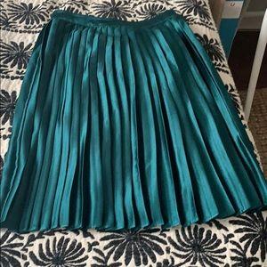 Emerald Green Midi Skirt!